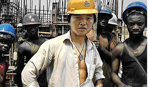 Dòng tiền đầu tư của Trung Quốc mang theo nhiều lao động nước này tới châu Phi. (Ảnh: TIME)