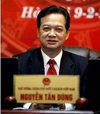 TT Nguyễn Tấn Dũng đã đến Tây nguyên để thị sát các khu vực có công trình khai thác mỏ bauxite hôm 18.08.2009. AFP photo.